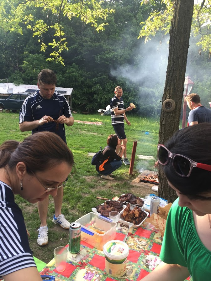 Roloway company barbecues and grills